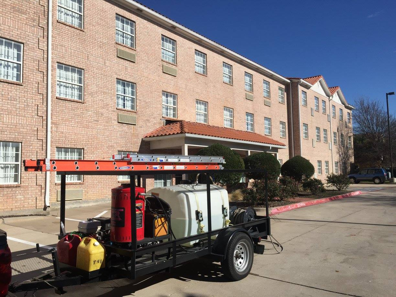 Exterior Pressure Washing - Hotel in Addison, TX