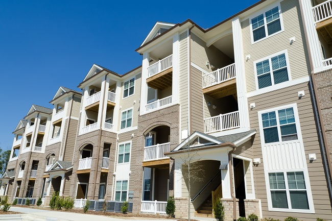 3 Benefits of Professional Power Washing for Apartment Complex Owners
