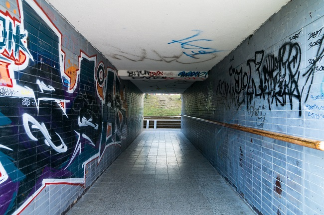 3 Reasons Why You Shouldn't Handle Graffiti Removal Yourself