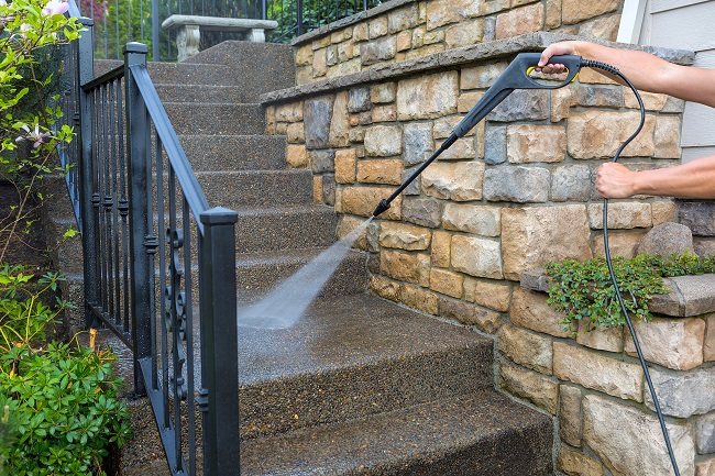 Add Power Washing to Your Maintenance Checklist Between Tenants