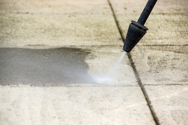 What's Causing All the Rust Stains on Your Concrete? Landscaping